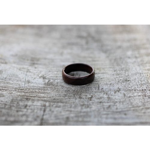 Fa gyűrű-Fekete dió