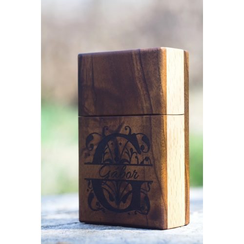 Cigaretta tartó doboz fából